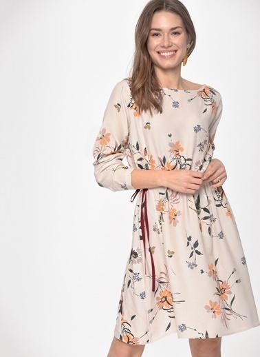 Loves You Beli Büzgülü Uzun Kollu Crep Elbise Bej